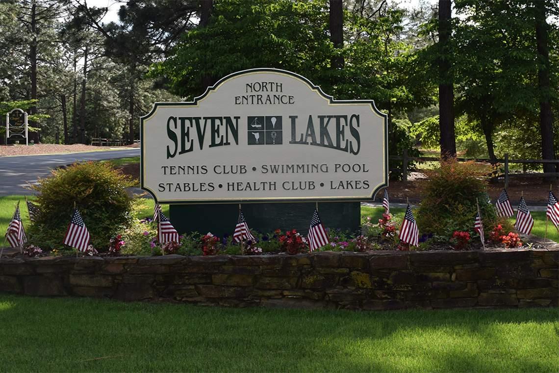 7 LAKES NORTH ENTRANCE
